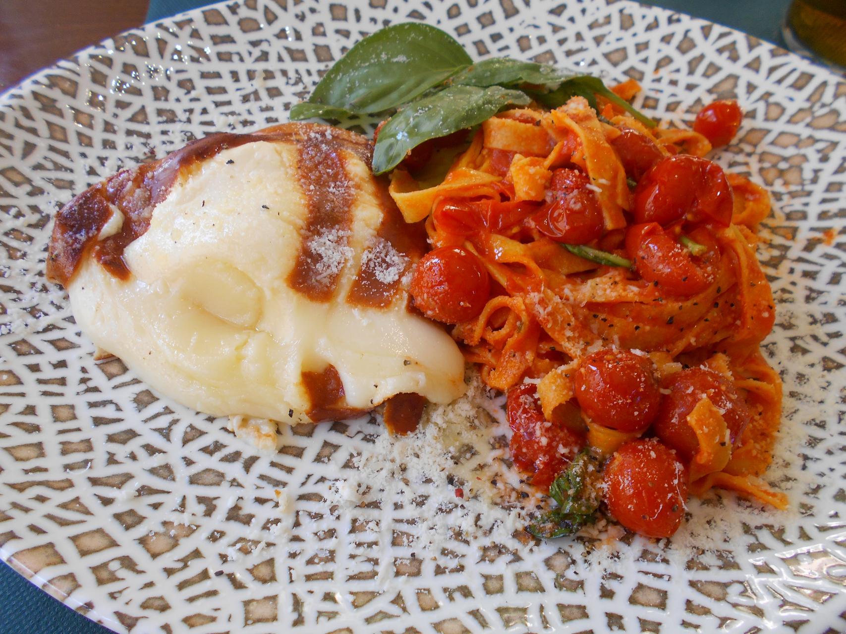scamorza with spaghetti