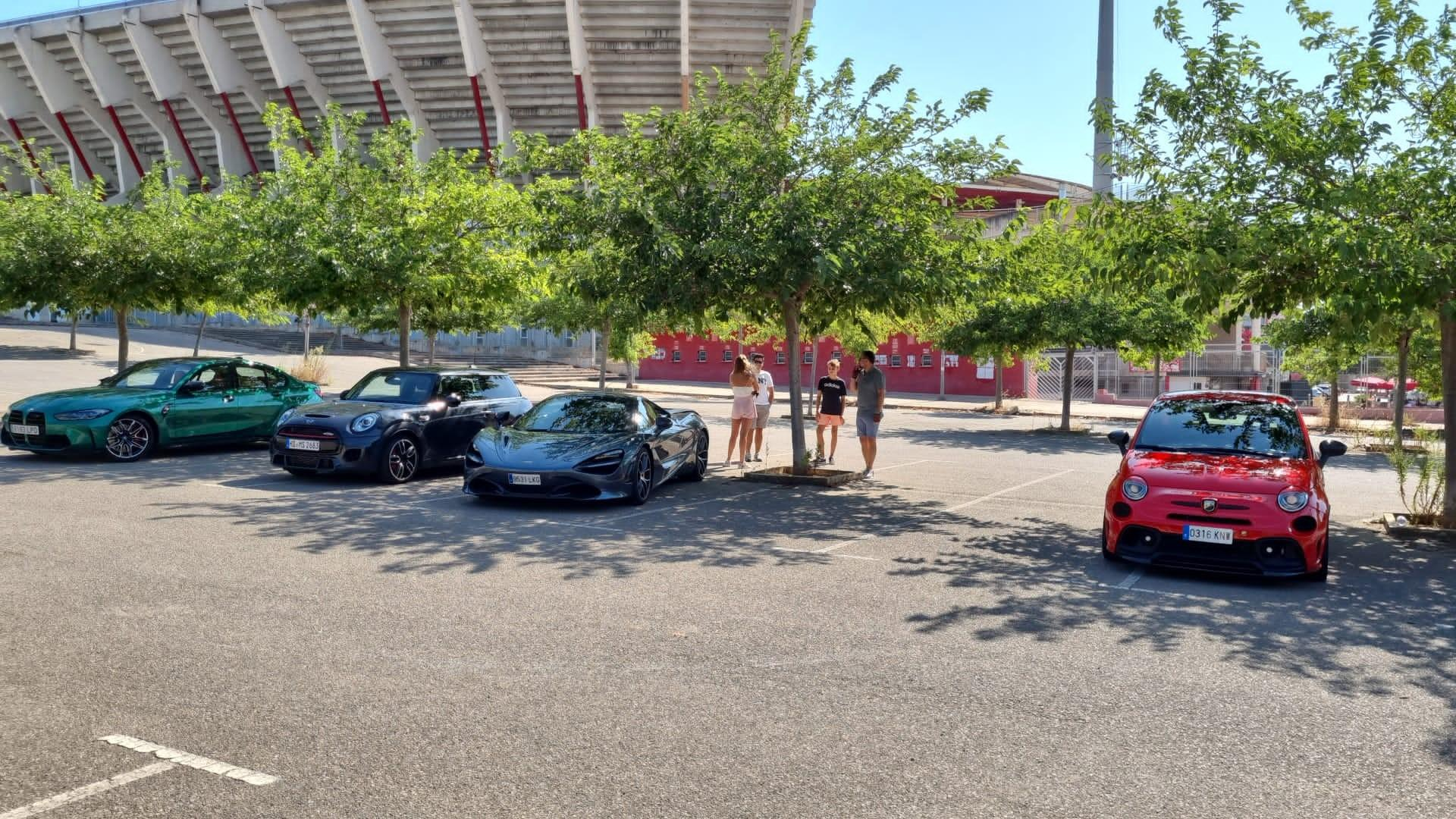 Meeting up at Son Moix wasn't that simple, lots of parking lots.