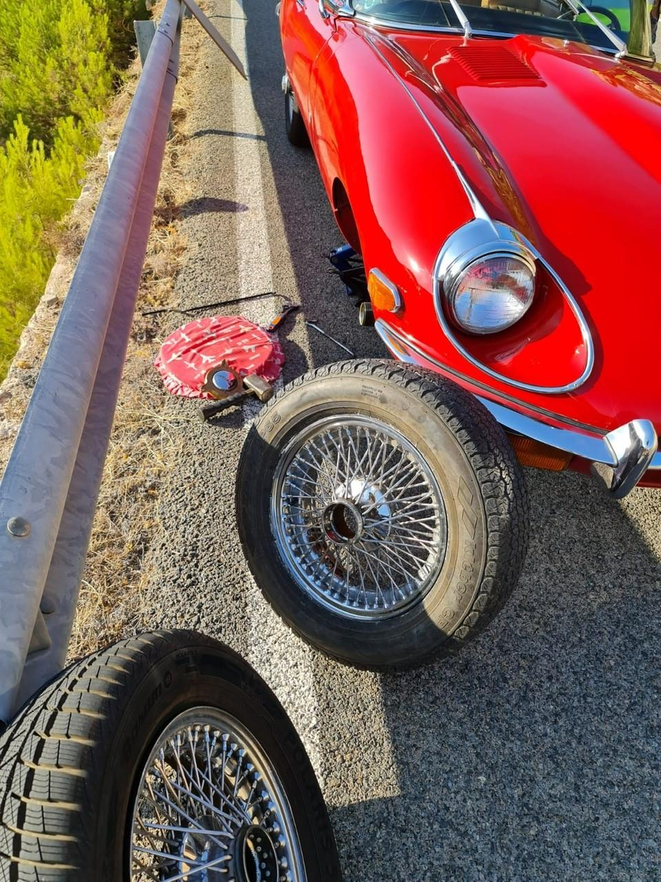 Spare wheels are bulky, amazing to even fit one into an E-Type.