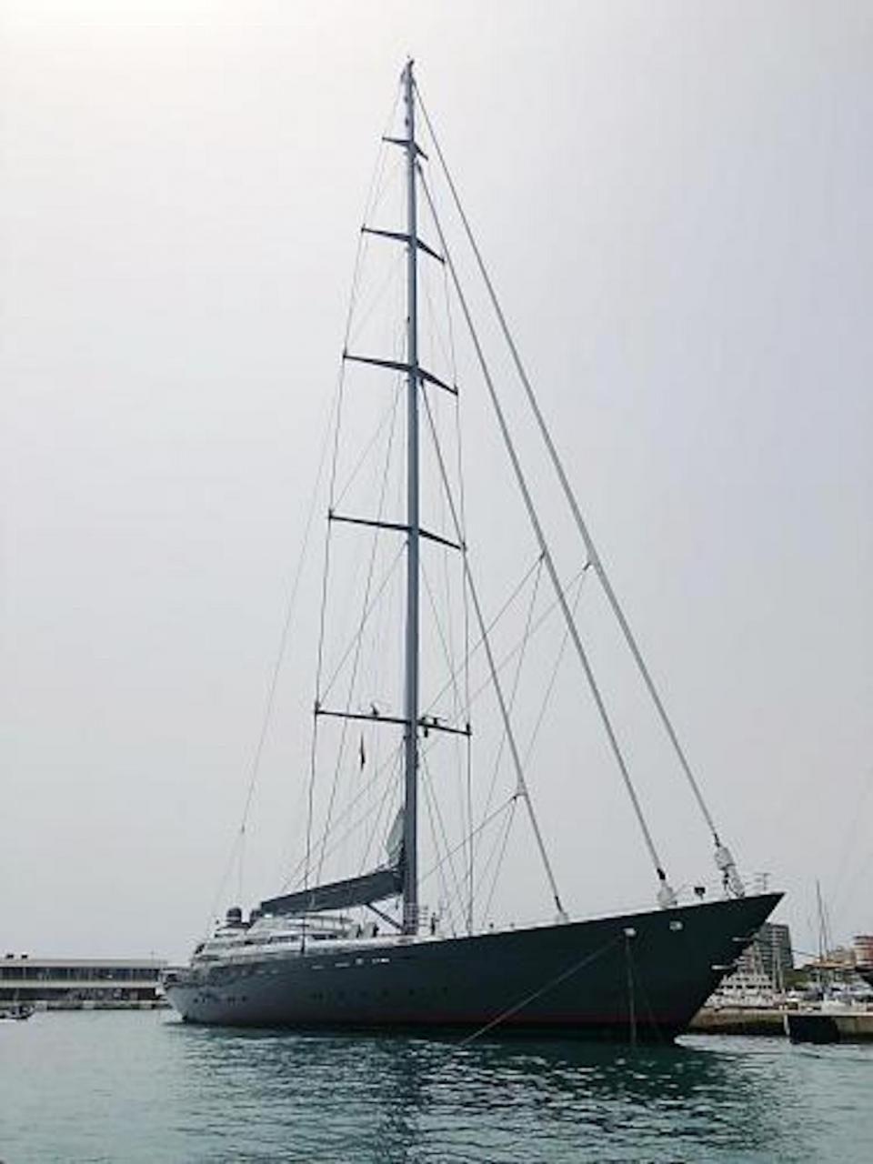 'M5' docked in Palma.