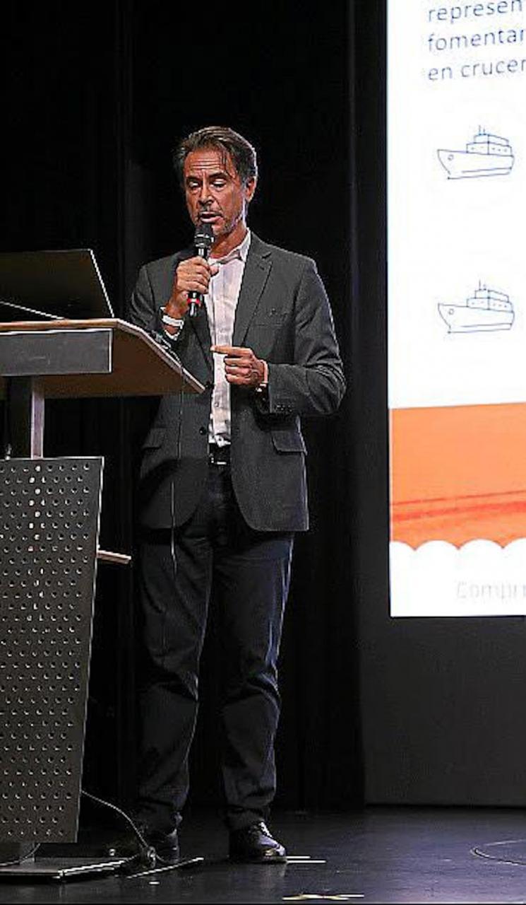 CLIA Director, Alfredo Serrano.