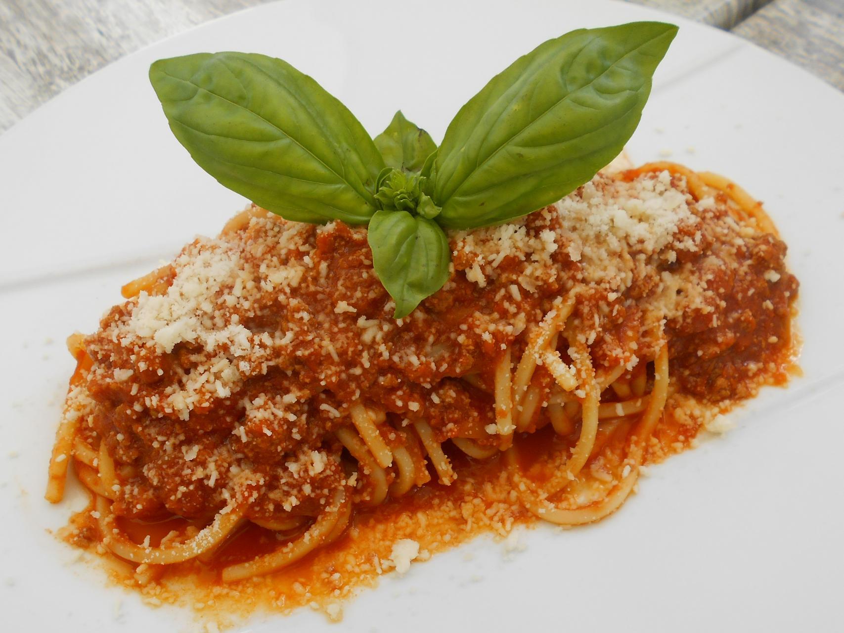 The half portion of spaghetti.