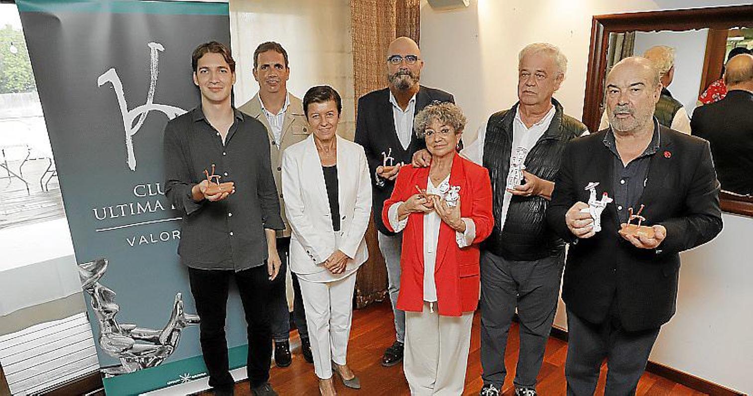 Jorge García Berlanga, Fernando García Berlanga, Carmen Serra, Juan Carlos Caro, Sol Carnicero, José Luis García Berlanga & Antonio Resines, Ca n'Eduardo, Palma.