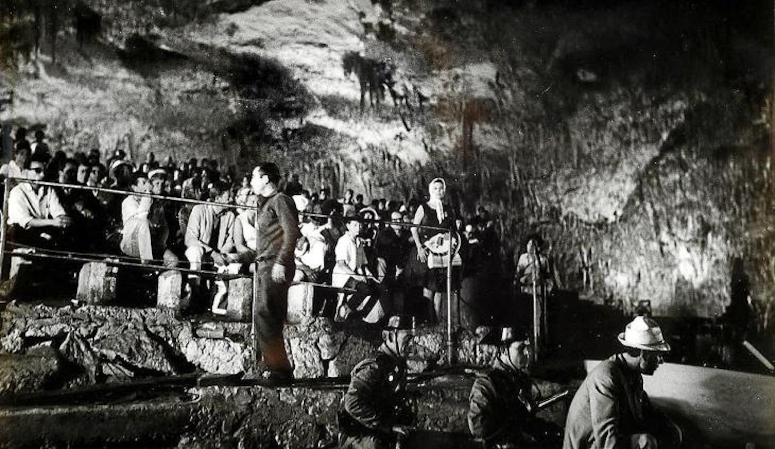 Filming of 'El Verdugo' at the Caves of Drach.