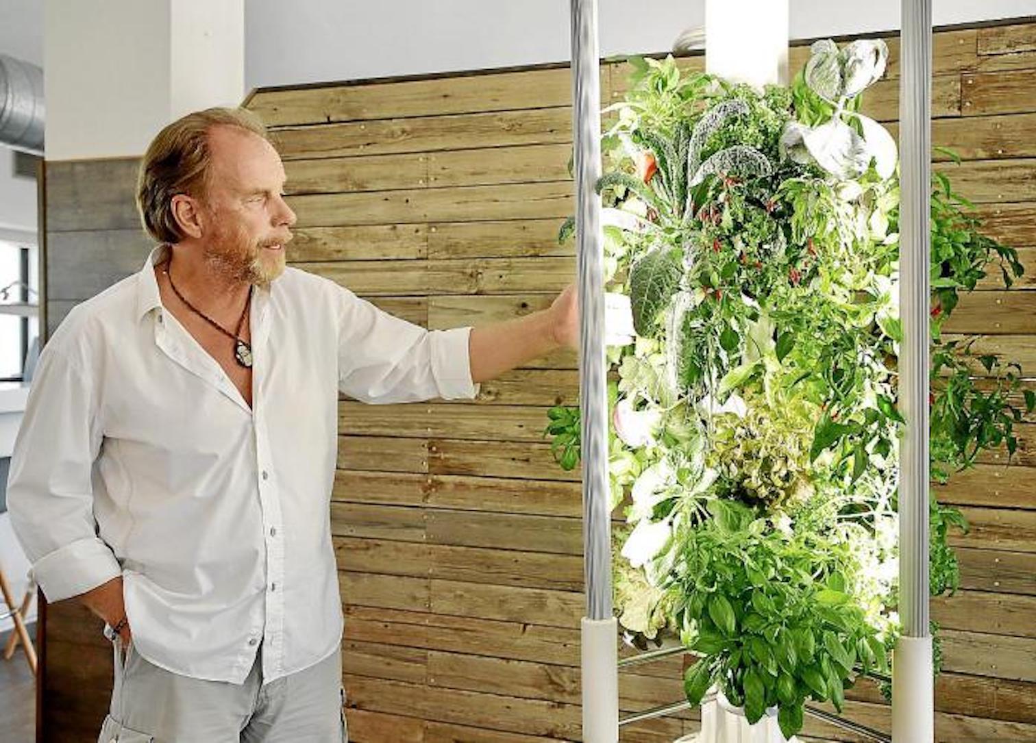 Uli Schwartau, Greeny+ tower inventor.