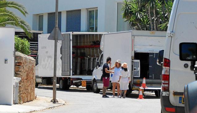 MALLORCA. TELEVISION. Netflix encara la última semana del rodaje de 'Turn up Charlie' en la Isla