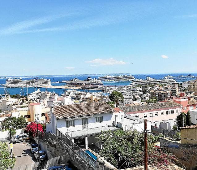 Cruise ships in Majorca