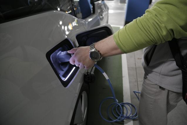 Hire firms with electric cars