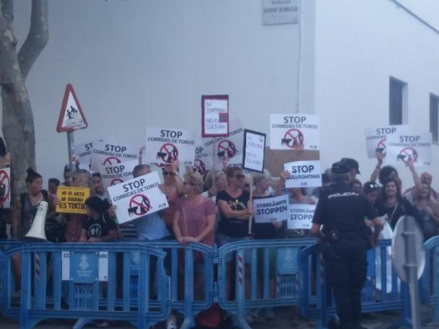 Anti Bull Fight protest in Palma