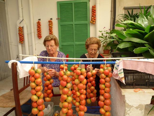 Ramallet tomatoes