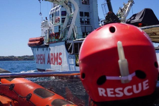 Rescue of the migrant ship