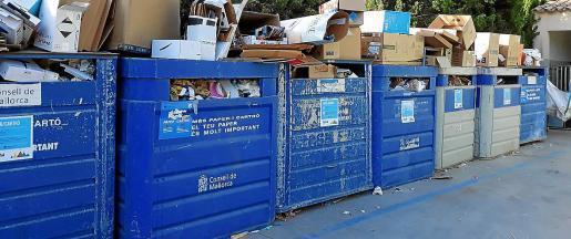 Rubbish overflowing at Alaro.