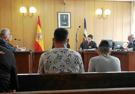 The two Brazillians in court.