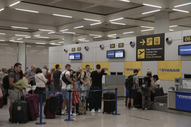 More strikes by Ryanair staff