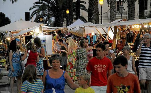 Passeig Sagrera craft market
