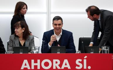 Spain's acting Prime Minister Pedro Sanchez addresses a Socialists executive board meeting at party headquarters in Madrid.
