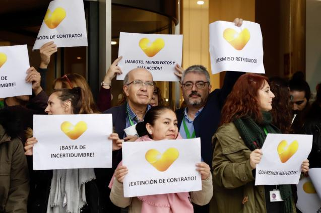 Thomas Cook emplyees held protests outside the Palma office