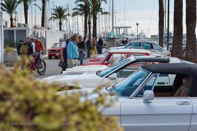 Lots of classics turned up for the Christmas Tapas Car Show.