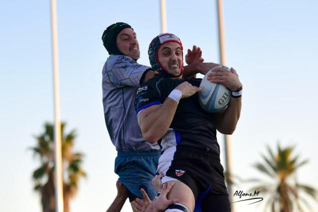 Babarians v Poble Nou lineout