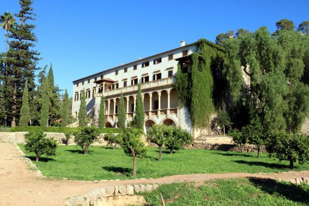 La Raixa manor house