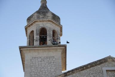 The descent of the crow for the Sant Antoni fiestas in Mancor de la Vall.