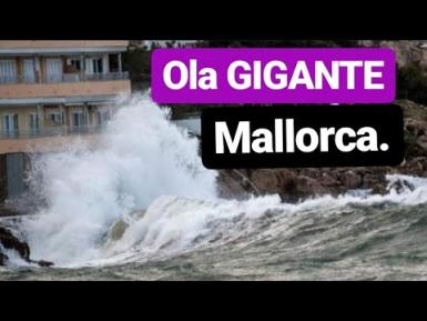 A wave of 14 metres in Minorca.