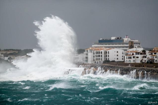 Waves hit Porto Colom
