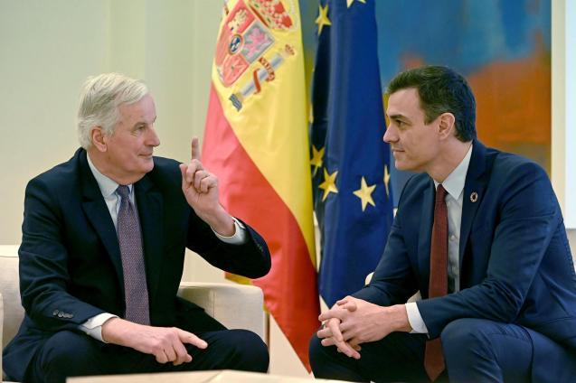 Michel Barnier and Pedro Sanchez