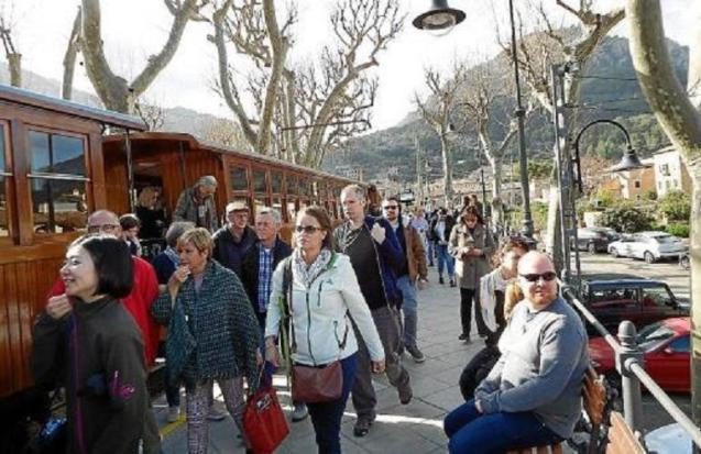 The first Soller train of the year.