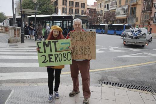 EMT Protestors in Palma on Monday.