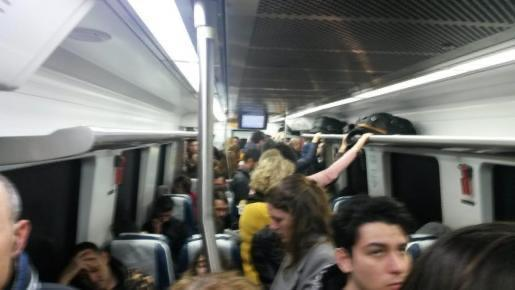 Cancellation of express trains causes overcrowding on Palma routes