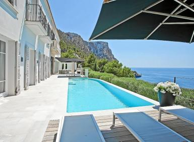 Almost 30% of Balearics homes are bought by foreigners.