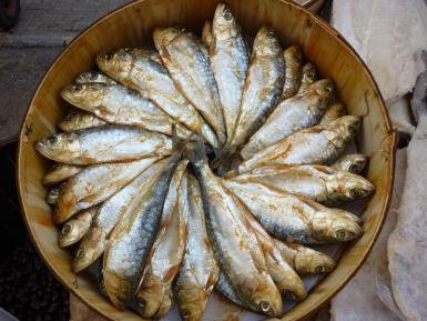 Arenques sold in Sineu market.