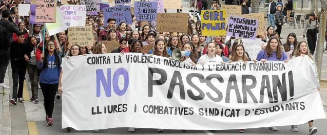 Students take it to the streets in Palma