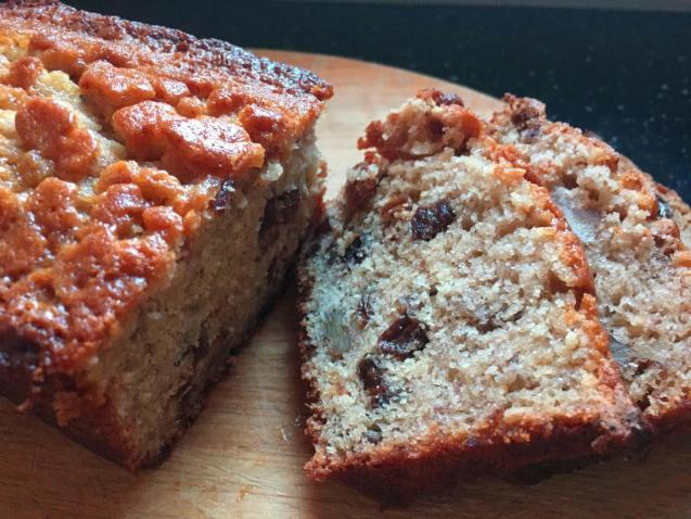 Banana loaf with dates and walnuts