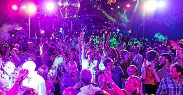 Balearic nightclubs closed over coronavirus epidemic.