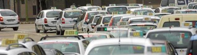 Taxis offer free fares to Healthcare Workers.