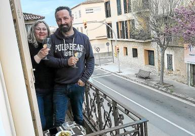 Consell town hall is organising balcony parties.