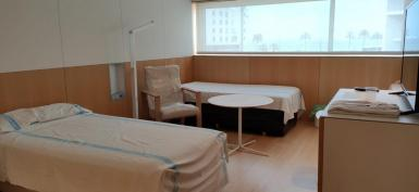 The Meliá Palma Bay Hotel has been converted for medical use.