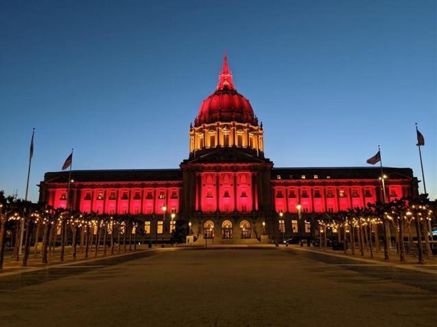 California pays tribute to coronavirus dead in Spain.