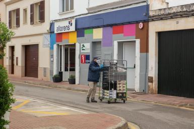 Anxious times for Minorca's small retailers.