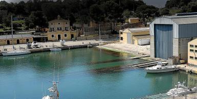 Blue waters in Portopi.