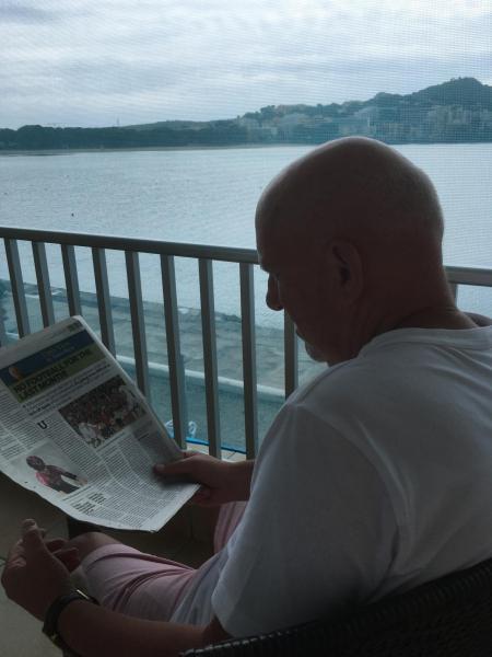 Reading the Majorca Daily Bulletin