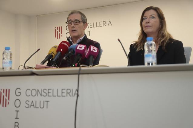 Dr Javier Arranz and Patricia Gómez.