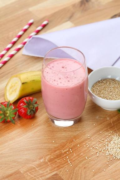 Strawberry, Banana & quinoa Smoothie.
