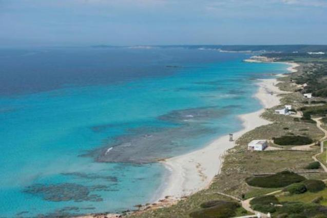 Balearic Islands warmer and wetter than usual in April 2020.