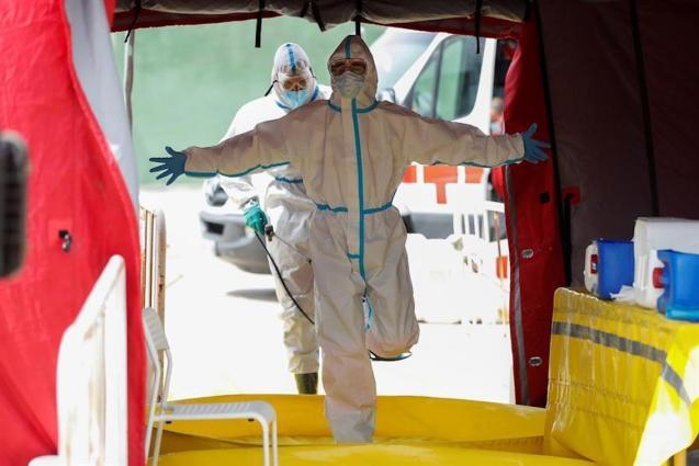 Rise in coronavirus fatalities in Spain.