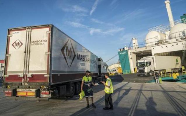 Shipping companies call for urgent action.