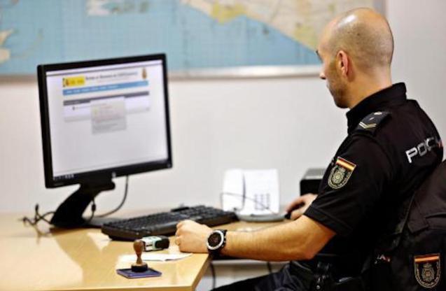 11 arrested for alleged internet fraud.