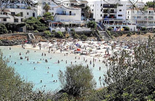 La playa de Cala Marçal, Felanitx